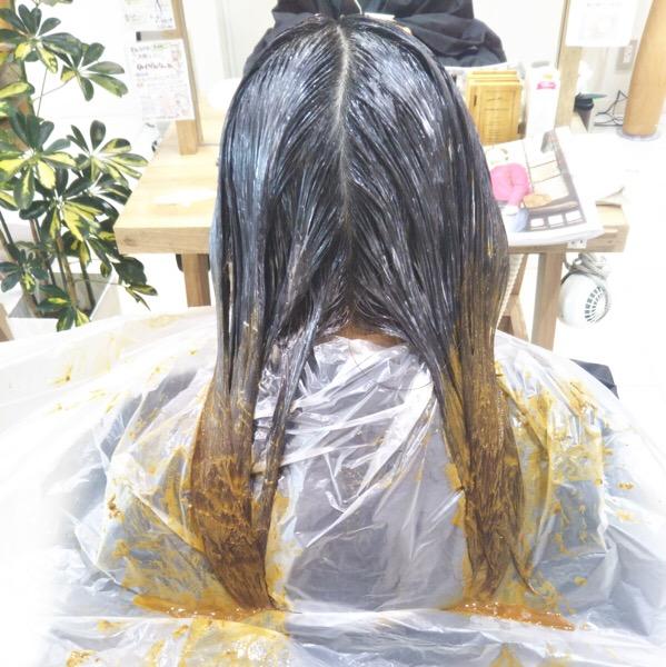 ハナヘナを使った髪質改善