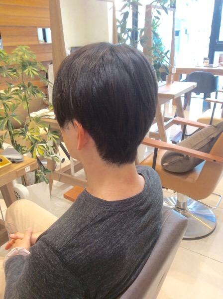 短い髪の縮毛矯正(ストレートパーマ)
