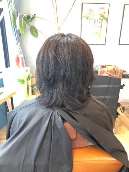パーマと白髪染めでパサパサになった髪の髪質改善後